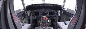 boeing_737-400_cockpit-7_crop